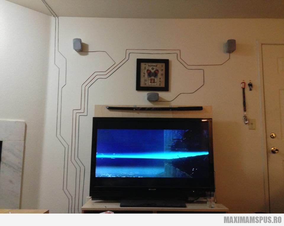 как скрыть кабель от телека на стене